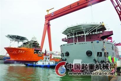 青岛武船重工:6台起重机助力四台特种工程船舶建造成功