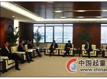 周斌与工程机械行业专家座谈武进装备制造业发展之路
