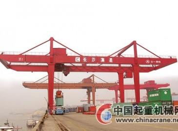 三一港機成功中標中鐵集裝箱運輸公司軌道式集裝箱門式起重機項目