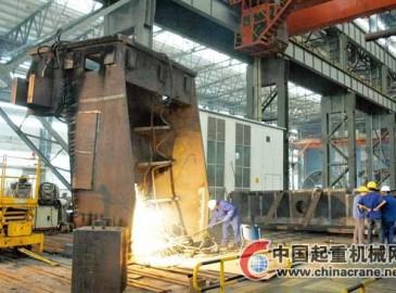 中國二重土耳其2250軋機支撐架進入焊接工序