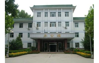 西藏起重机,架桥机,提梁机租赁出售西藏巨首起重设备有限公司