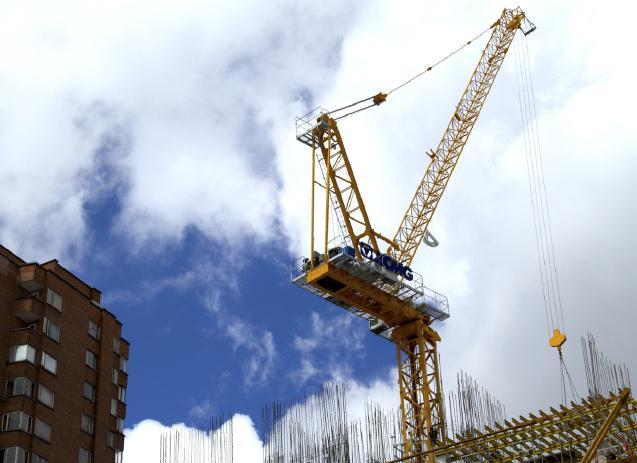 徐工xcd120动臂塔机助力建哥伦比第一摩天大楼