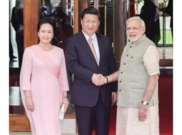 中印兩國深化合作12份合作協議簽署 未來5年投資200億美元