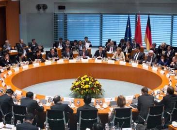 国家总理李克强九天的欧洲访问与3国签下超380亿美元大单