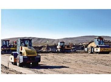 锡盟至山东1000千伏特高压电力外送通道在多伦县开建