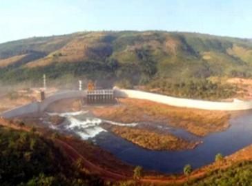 """徐工设备助力几内亚最大水坝建设 """"建在纸币上的大坝""""落成"""