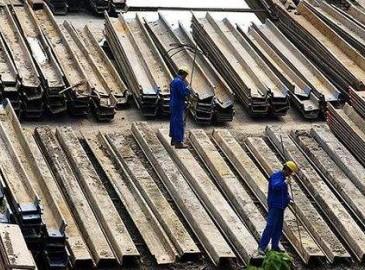 中国粗钢产量3月创新高 出口下降内销承压