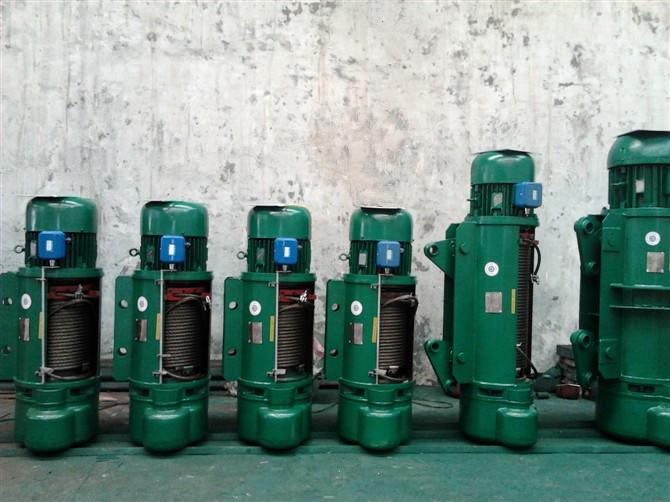"""南京起重设备:胡经理河南省大方重型机器有限公司(以下简称""""大方重机"""")成立于2007年2月,是一家集桥门式起重机、电动葫芦、钢结构等产品的设计、研发、制造、销售为一体的大型综合性企业集团。先后获得""""全国质量标杆""""、 """"全国守合同重信用企业""""、""""全国工业品牌培育示范企业""""、""""全国实施卓越绩效模式先进企业""""、""""AAAA级标准化良好行为企业""""、""""河南省名牌产"""