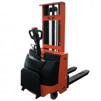 洛阳电动堆高机专业销售处15136333555