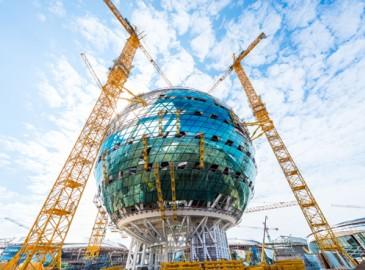 中联重科塔机助建哈萨克斯坦世博主展馆