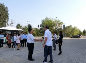 长垣县第一中学副校长及多位党员教师莅临起重汇参观学习