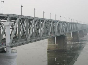中俄铁路大桥项目换装站已基本完工
