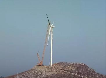 施工集锦∣见证徐工大吨位履带起重机风电吊装英姿