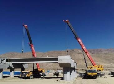 """建设美丽西藏 """"世界屋脊""""上的三一起重机力量"""