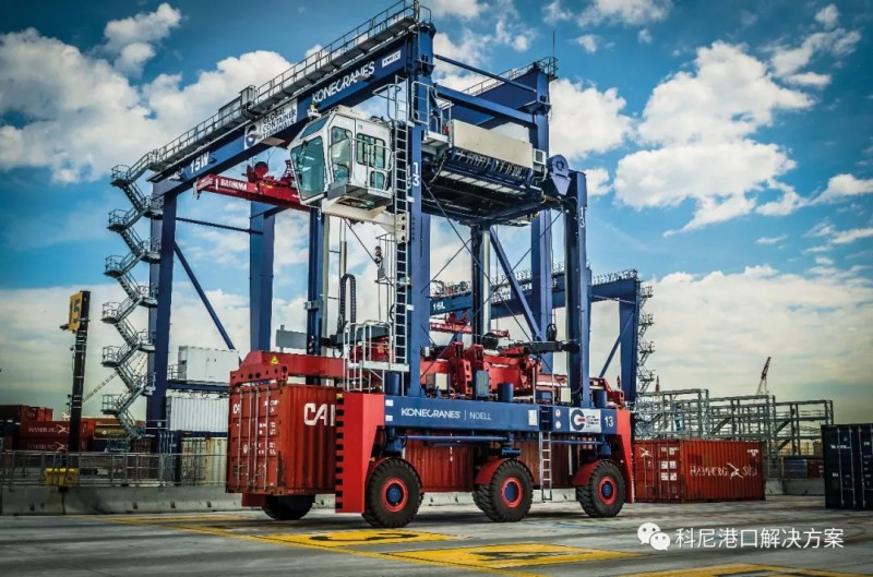 科尼自动快速搬运车实现码头到堆场的可靠自动化水平运输