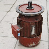 郑州起重机-起重机配件优质厂家13273731444