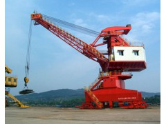 江苏泰州港口起重机安装保养-18115957776