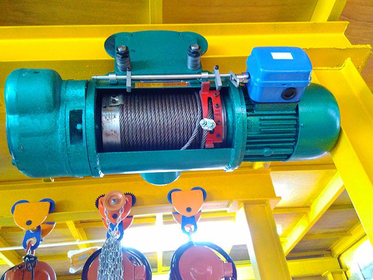 钢丝绳电动葫芦2
