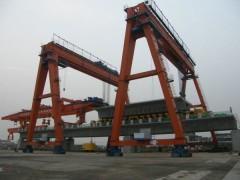 江苏南通起重机-门式提梁机专业设计生产13962985066