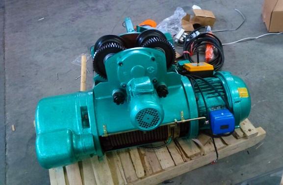 重庆起重设备生产电动葫芦:13271813456王经理
