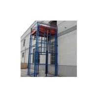 青岛导轨货梯安装现场13780659886