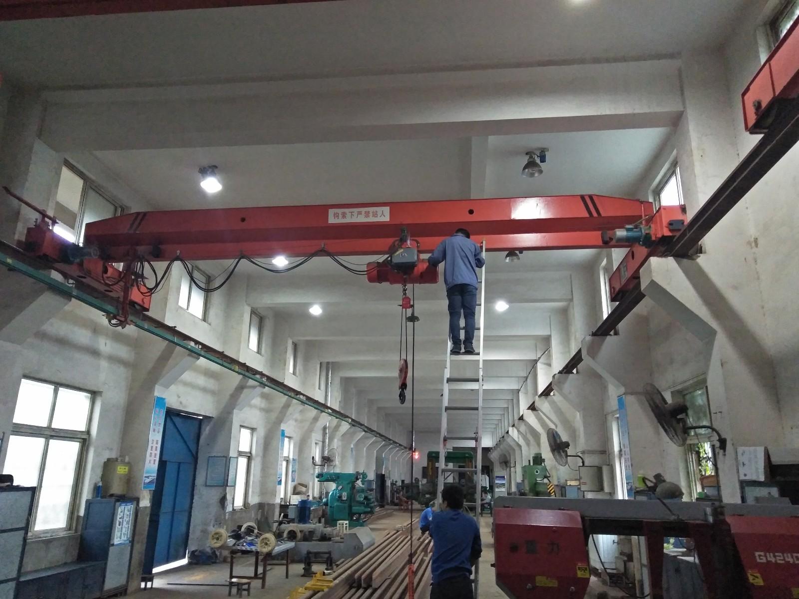 蚌埠起重机销售安装维修电话:康经理13855229662