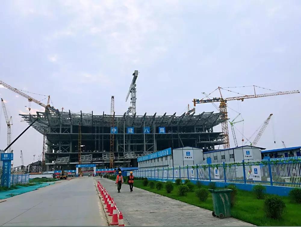 不浮夸!用钢总量达七个埃菲尔铁塔!这些吊装神器创造了世界钢结构施工最快纪录!