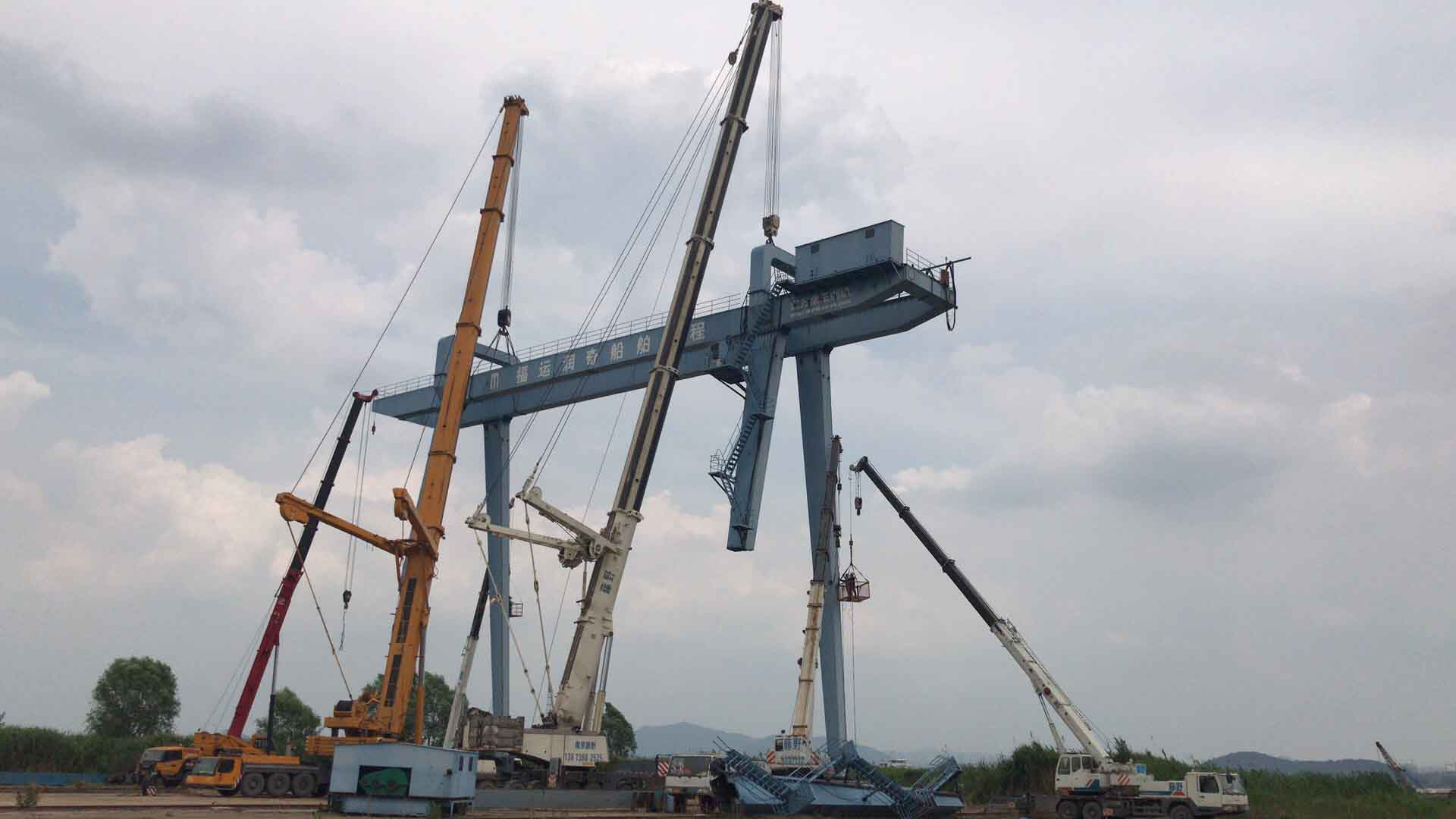 江苏周边500吨德马格汽车吊出租