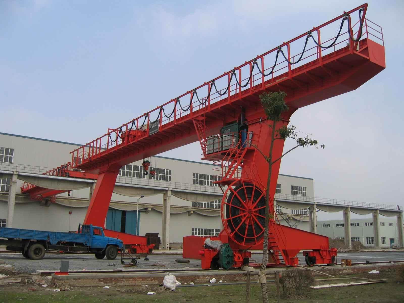 重庆秀山县销售10吨C型门式起重机