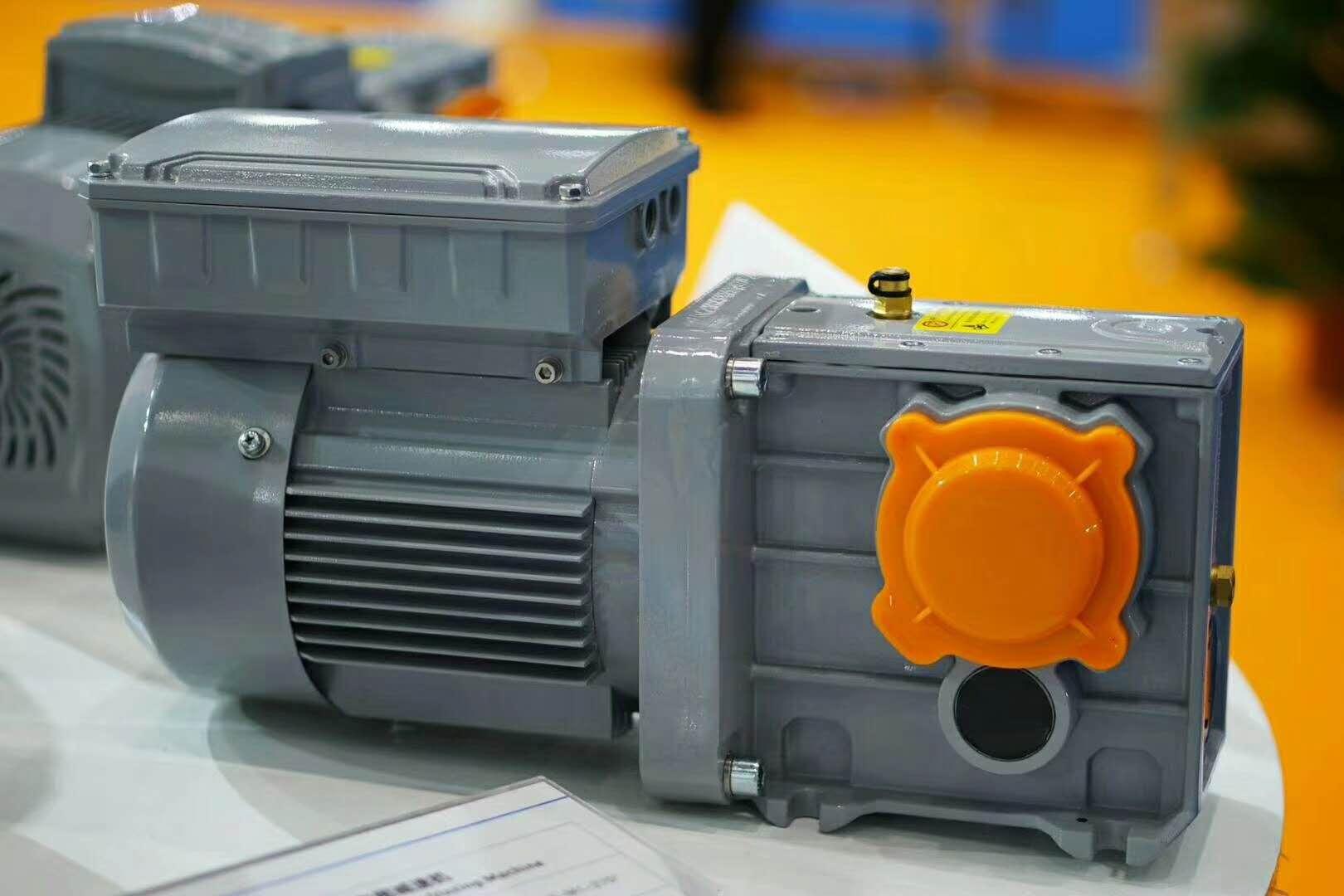 开封齿轮减速机,三合一电机减速机,起重机减速机工厂定制
