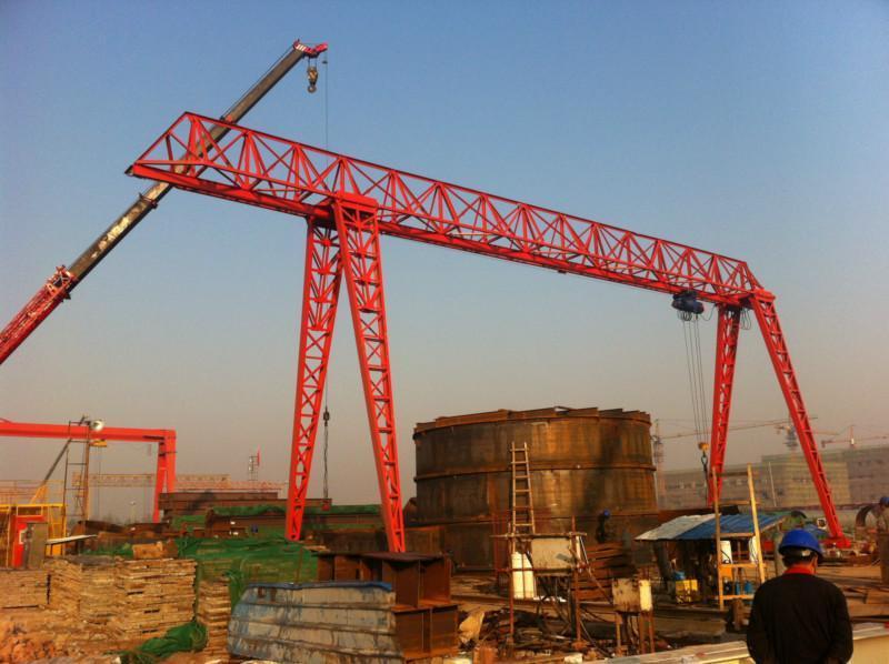 低价转让花架龙门吊10吨跨度25米,单悬5米,有效高度9米