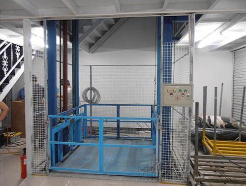 福州液压升降机生产厂家18396511675