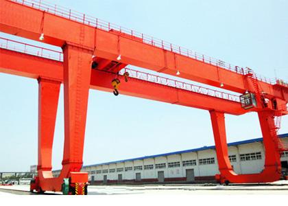 青岛起重、起重机械、起重机、U型双主梁门式起重机