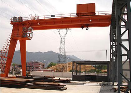 青岛起重、山东起重、山东起重机械、冶金型双主梁半门式起重机
