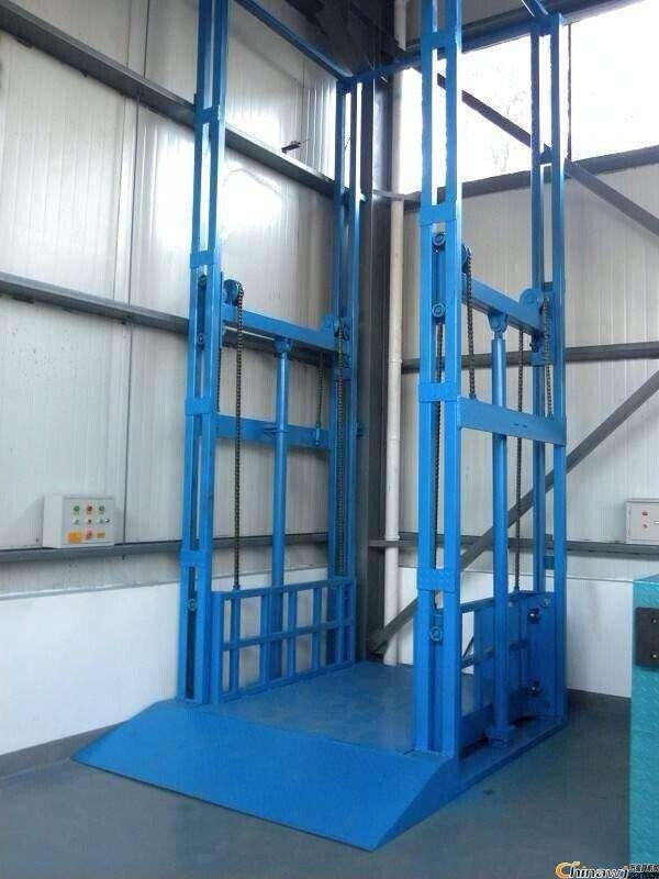 河南液压升降货梯专业厂家直销升降机升降平台质优价廉