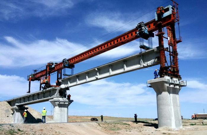 佛山销售各种工程起重机|架桥机矿山厂家直销