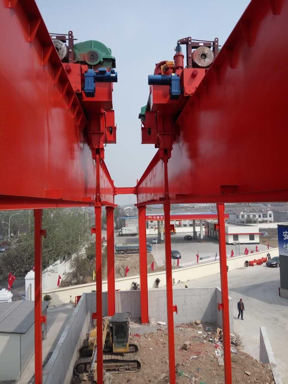 河南地铁出渣起重机豫新生产研发专利产品