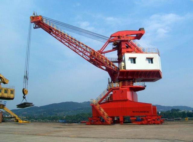 宁波起重机-港口门座起重机定制热线13777154980