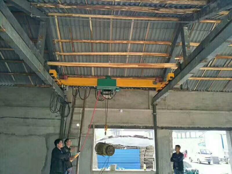 扬州桥式单梁起重机安装调试