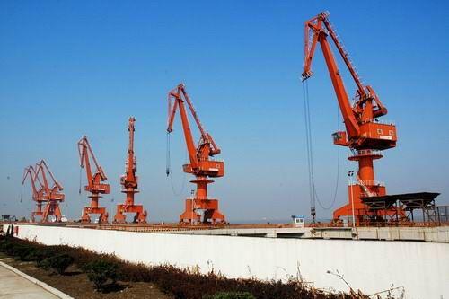 秦皇島碼頭起重機
