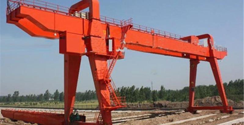 惠州生产销售-A型双梁吊钩门式起重机