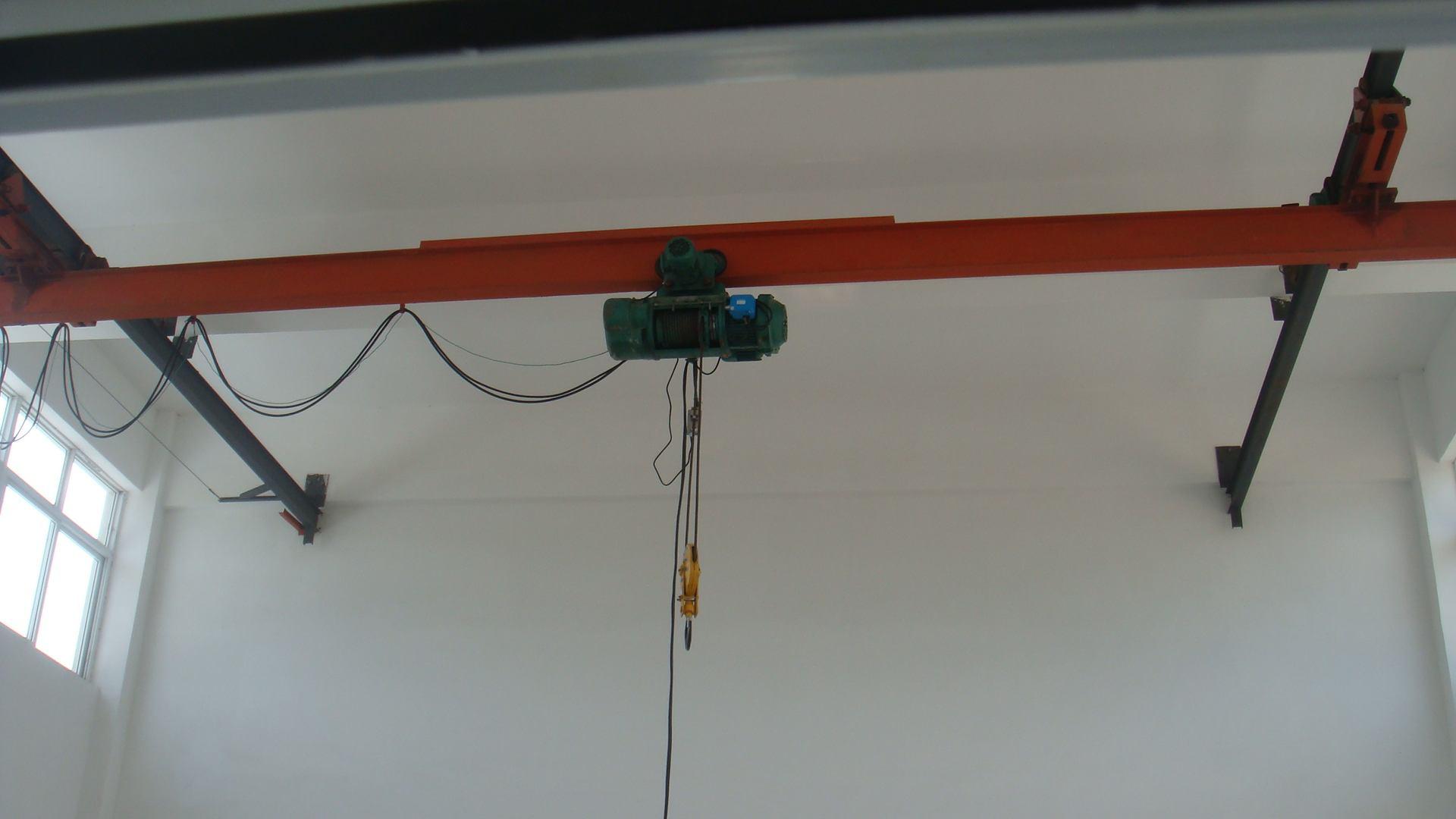 大连起重机大连龙门吊大连悬挂起重机大连桥式起重机悬臂起重机