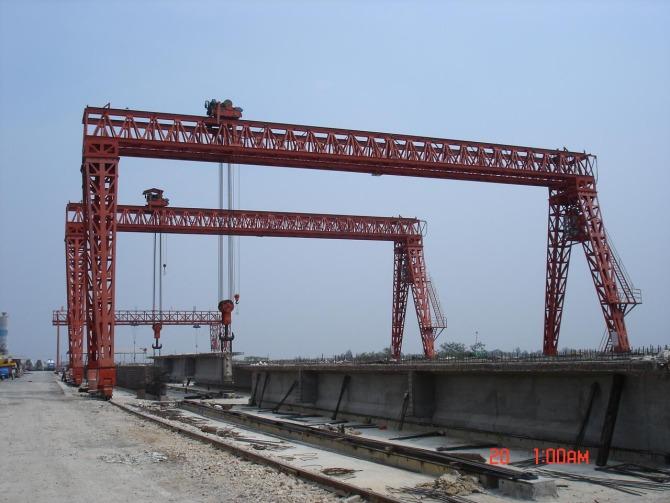 秦皇岛路桥门式起重机