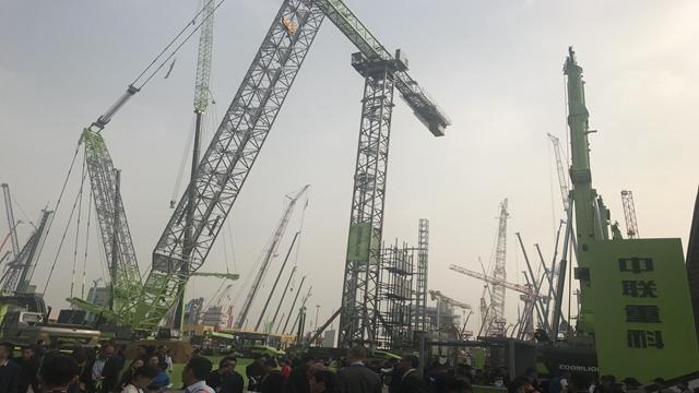工程机械产业集体爆发 行业市场总量较上年三季度大幅增长