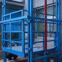 鄭州2噸導軌式貨梯