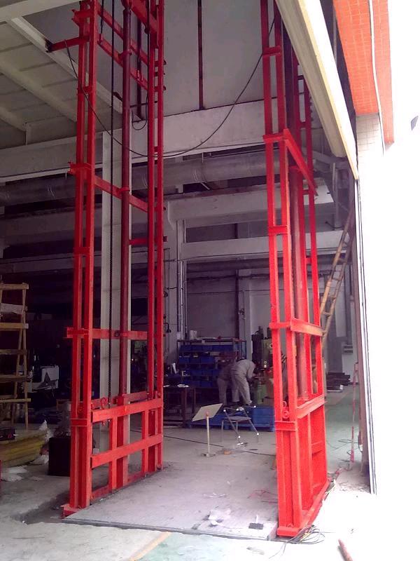 南陽5T導軌式液壓升降貨梯升降機廠家直銷